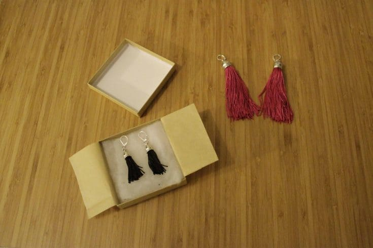 A Simple Homemade Gift Idea: DIY Tassel Earrings Tutorial